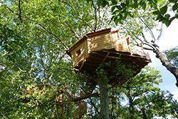 Cabanes perchées à 10et 12 mètres de hauteur