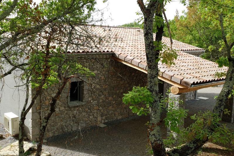 Domaine de Faveyrolles, location de vacances à Labeaume en Ardèche
