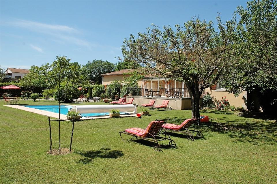 La farigoule piscine et maison