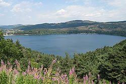 Le Lac d'Issarlès Ardèche