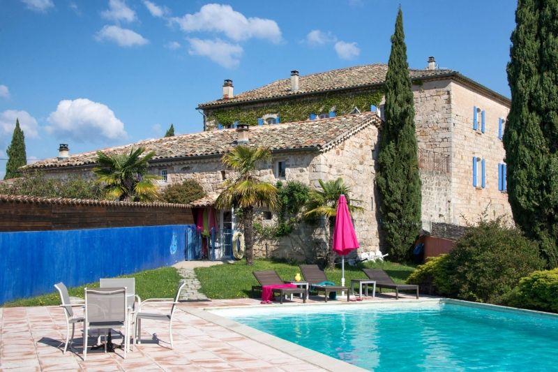 Le Mas Bleu , gites et chambres d'hôtes en Ardèche