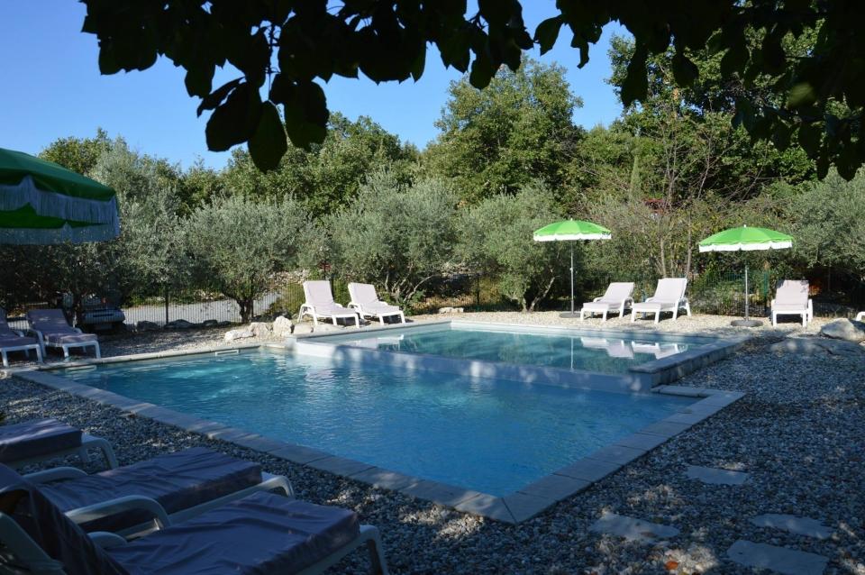 piscine site saint cerice