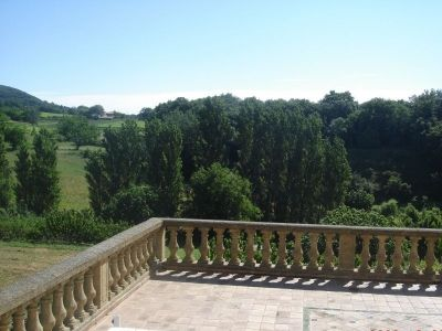 Terrasse panoramique du Gîte Côté Source au Mas d'Eylieux à Saint Montan